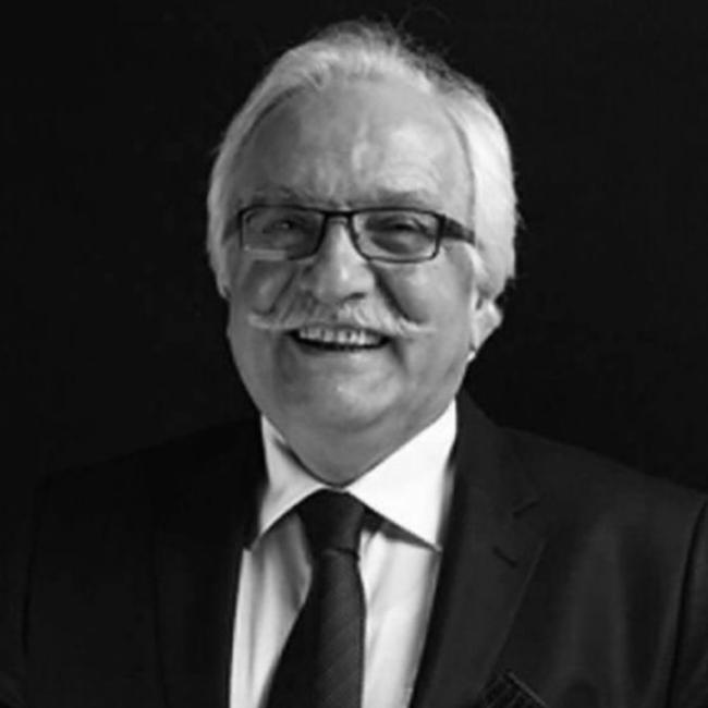 Yavuz Bahadıroğlu vefat etti.